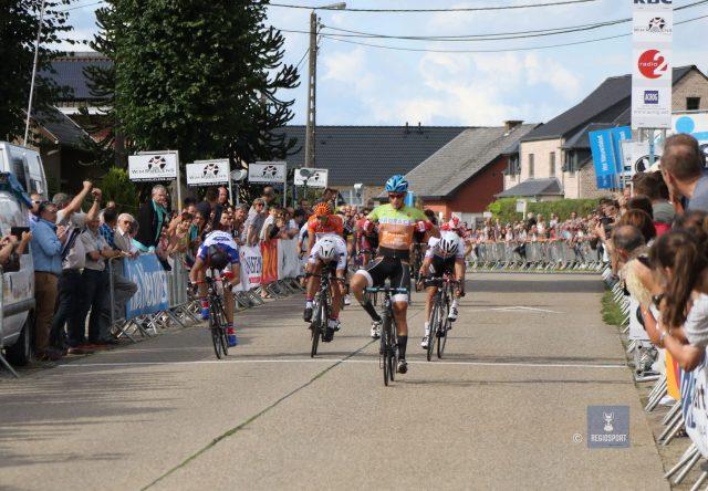 Robin Mertens won twee keer de slotrit in de Ronde van Vlaams-Brabant in Rillaar