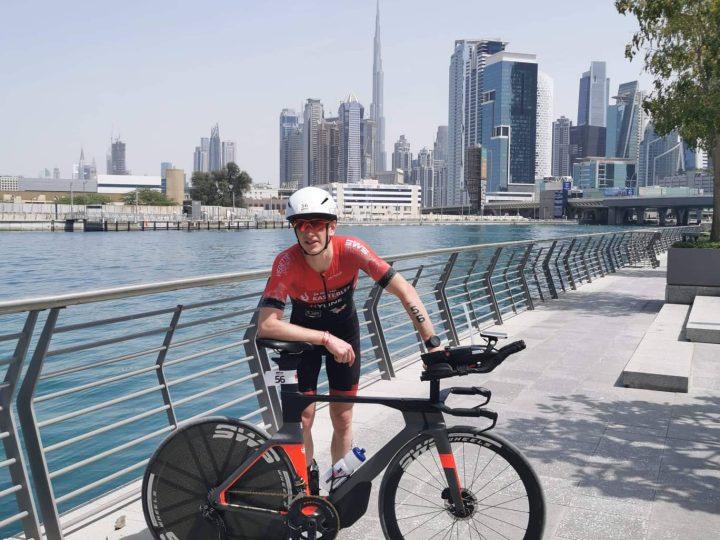 Seppe Odeyn onder de vier uur in de IM 70.3 in Dubai