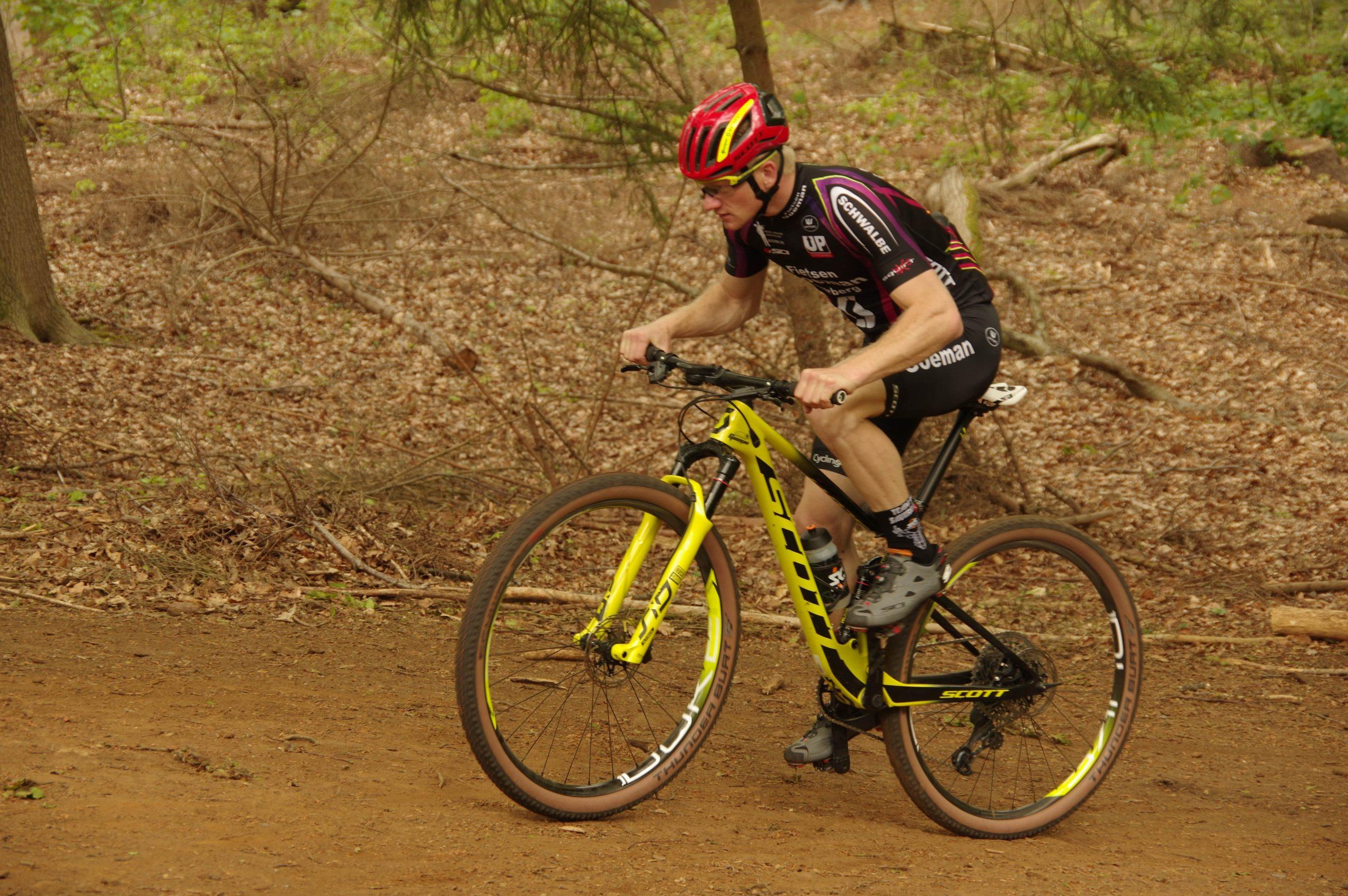 Mountainbikers van Goeman-Scott zetten seizoen met luister in