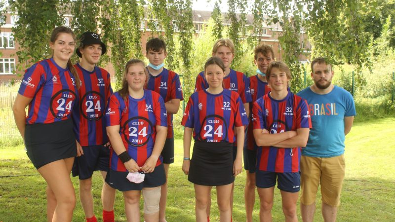 Korfbalclub Joki Itegem zet seizoen in met teambuilding op beachtoernooi in Betekom