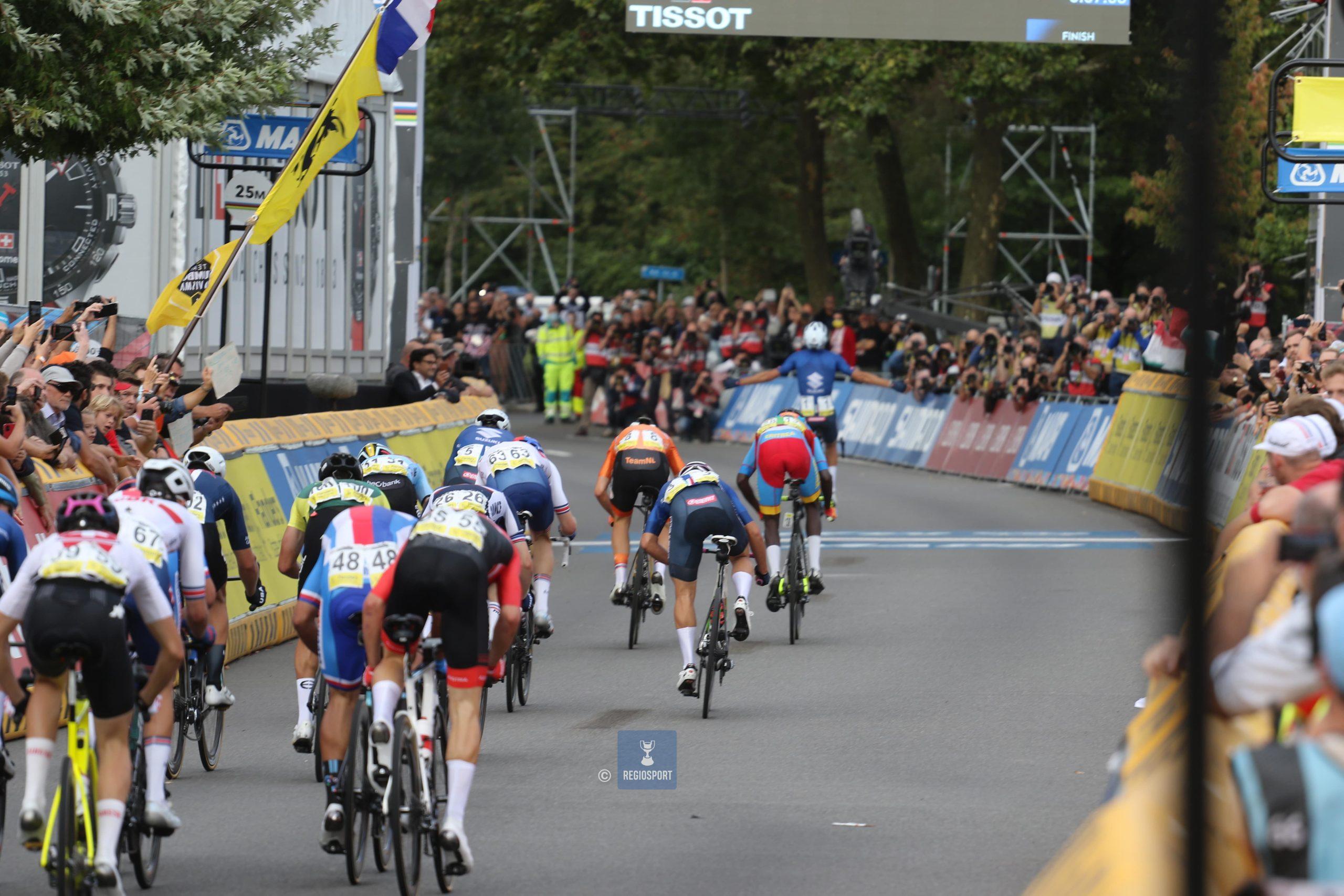 Thibau Nys zesde op WK wielrennen, Van Tricht en Van Eetvelt gaan onderuit