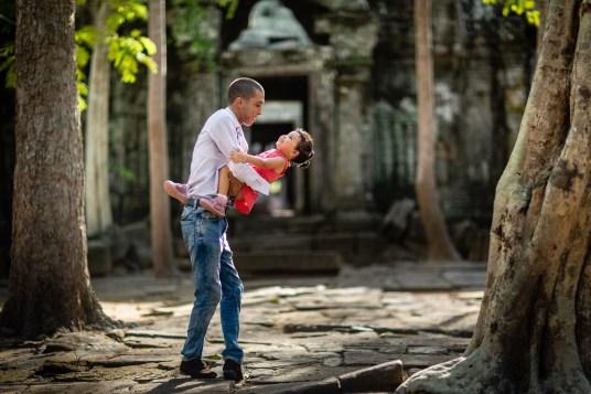 Photo Family Angkor Wat