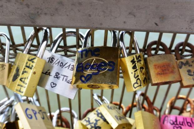 Pont des Arts - the Gages were here