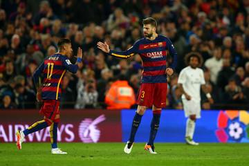 Pique: Sebut Tak Akan Ada Messi yang Keduanya di Barca