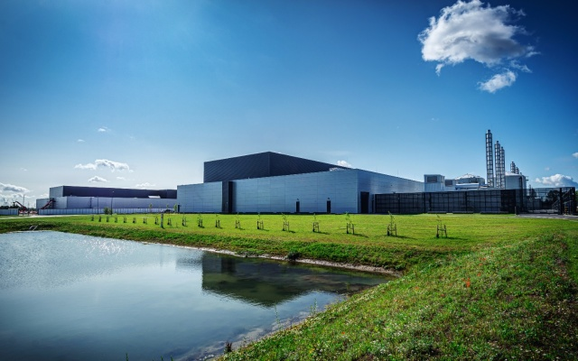 Facebook signs third renewable energy PPA with Apex Clean Energy