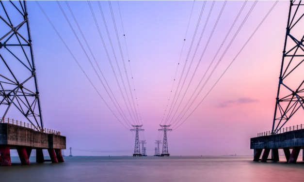 UK to review offshore wind transmission network approach