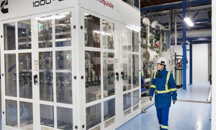 Air Liquide inaugurates the world's largest PEM electrolyser production unit in Canada