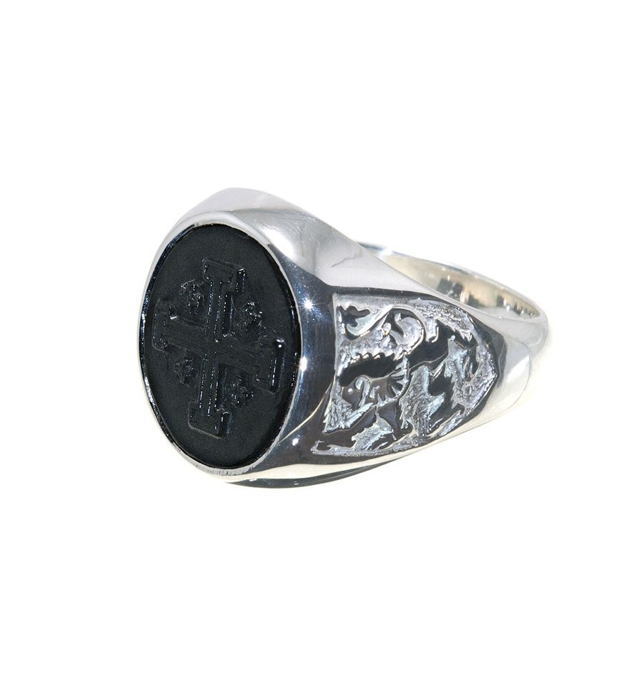 A Sculpted Black Onyx Ring Featuring A Jerusalem Cross and Lion Of Scotland Shoulders