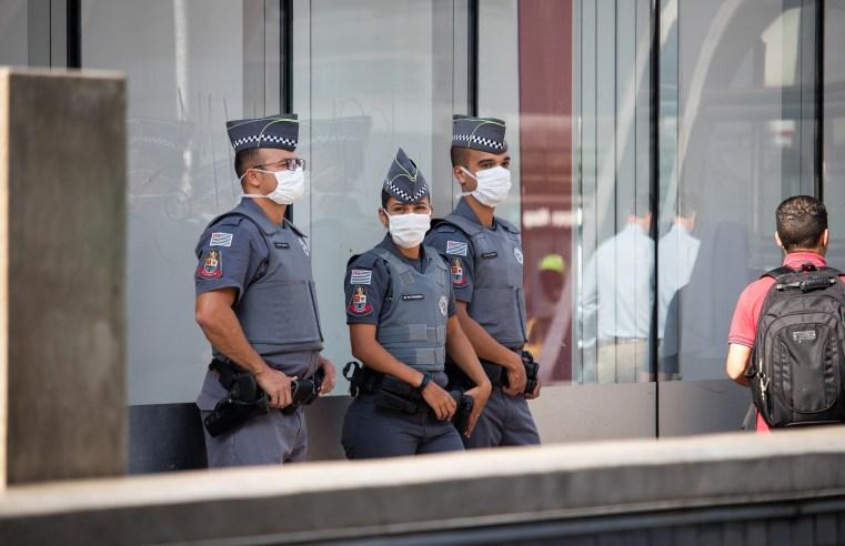 política partidária na polícia e a democracia
