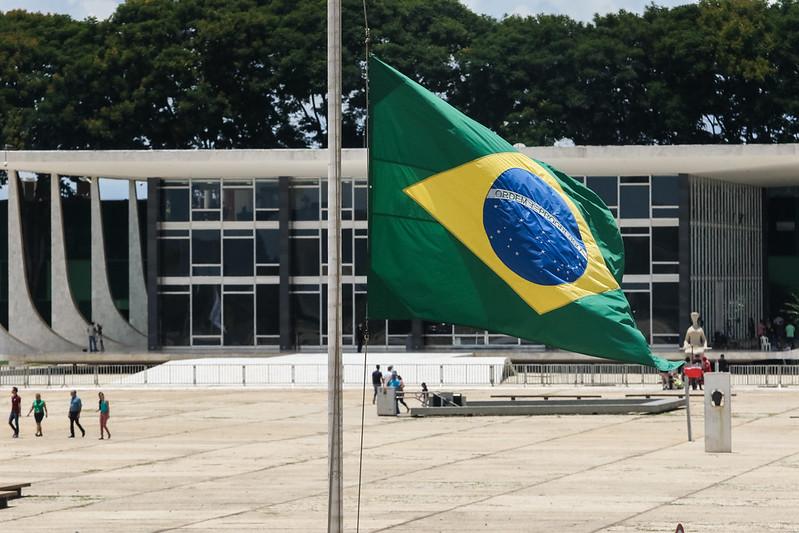 PSOL ACIONA STF SOBRE NOTA DE GENERAL QUE SUGERE RUPTURA INSTITUCIONAL