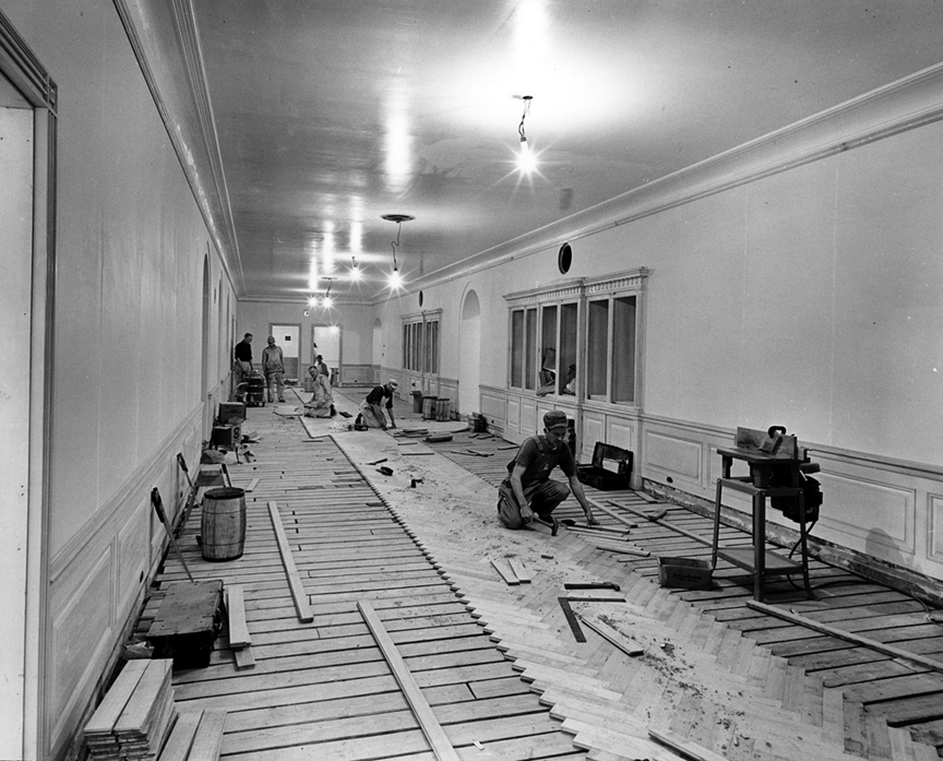 You won't believe these 1950 photos of the white house renovation.
