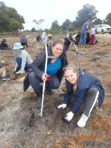 Local community undertaking planting