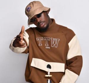 Tulenkey_-_Baba_Ft_Black_O_Kofi_Mole_Kwesi_Soul