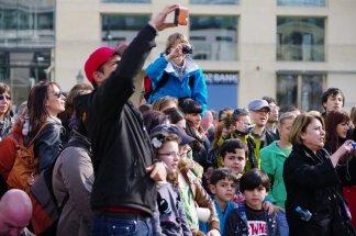 Bild-56-Zumba-Flashmob-Brandenburger-Tor