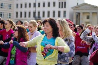 Bild-58-Zumba-Flashmob-Brandenburger-Tor