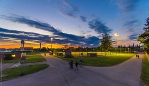 Sonnenuntergang am Baseballplatz