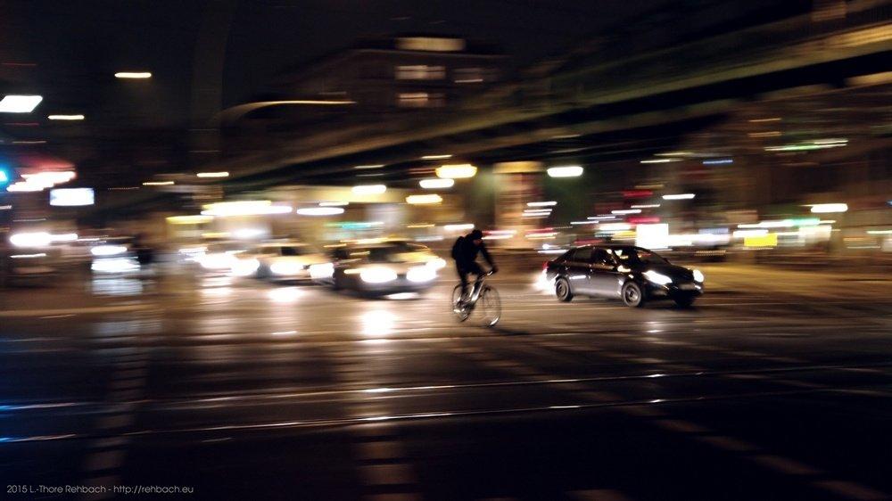 Radfahren in Berlin bei Nacht