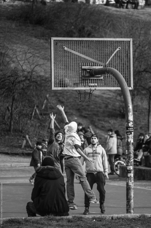 Basketball im Mauerpark