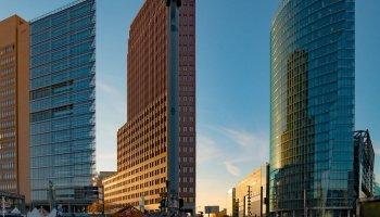 _1210175-PotsdamrePlatz-color-articel