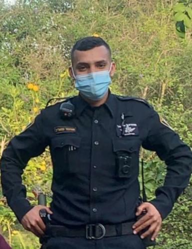 חדשות רחובות - איש השנה! שוטר תחנת רחובות מוחמד מזאריב מנע אסון גדול בשריפה שפרצה לפנות בוקר - רחובות ניוז