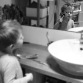 Reid discovering the joy of make-up brushes