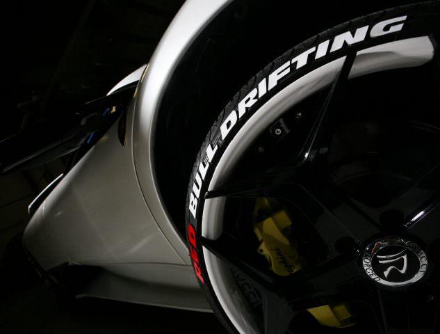 Red Bull Drifting Reifenaufkleber
