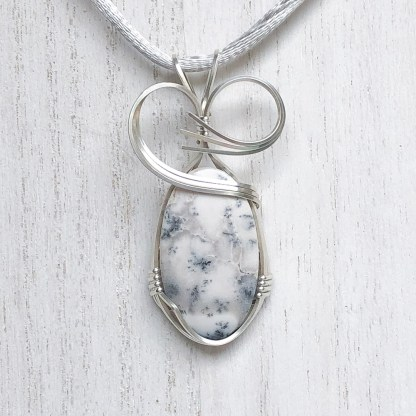 reiki charged dendritic agate pendant