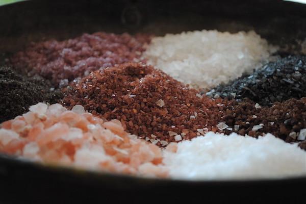 ¡Un puñado de sal de roca con una pizca de Reiki!