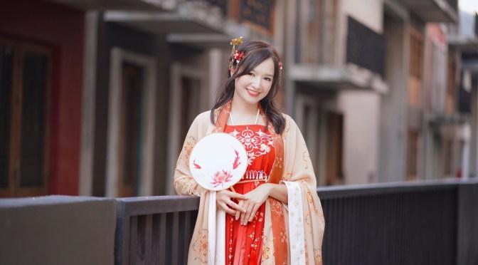 เที่ยวเมืองจีนทิพย์ เช่าชุดจีนราคาเบาๆใส่เล่นที่ Dragon Town