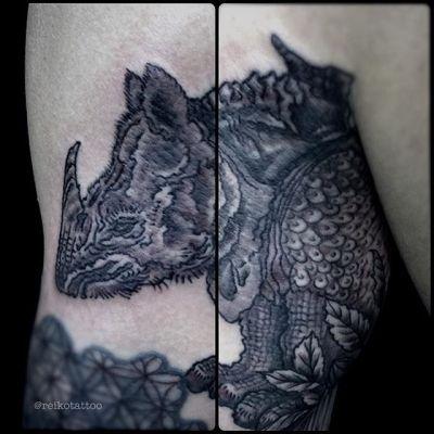 #犀 #ブラックアンドグレー #タトゥー #rhino #blackandgray #tattoo #reikotattoo #studiokeen #japan #nagoyatattoo #tokyotattoo #名古屋 #東京 #静岡 #矢場町 #大須