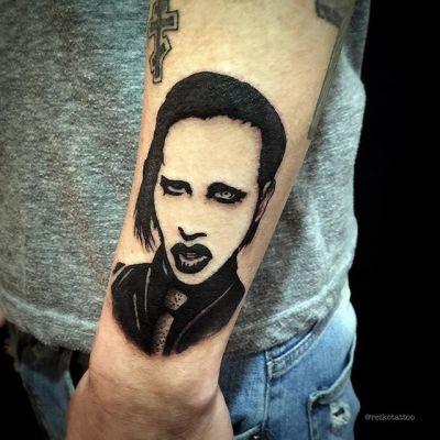 #マリリンマンソン #ブラックタトゥー #タトゥー #marilynmanson #tattoo #reikotattoo #studiokeen #japan #nagoyatattoo #tokyotattoo #名古屋 #東京 #静岡 #矢場町 #大須