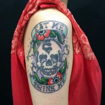 #紅い花 #タトゥー #redflowers #tattoo #reikotattoo #studiokeen #japan #nagoyatattoo #tokyotattoo #名古屋 #大須 #矢場町 #東京 #静岡