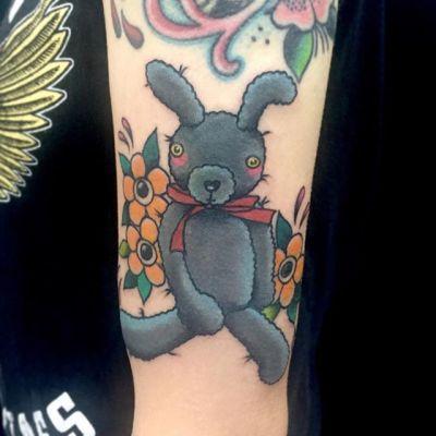 #ウサギ #rabbit #doll ...#tattoo #reikotattoo #studiokeen #japan #nagoyatattoo #tokyotattoo #irezumi #タトゥー #刺青 #名古屋 #大須 #矢場町 #東京 #静岡 #hocuspocustattoo #shizuokatattoo
