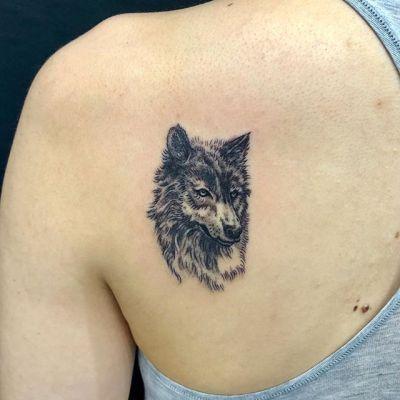 #wolf #オオカミ...#tattoo #reikotattoo #studiokeen #japan #nagoyatattoo #tokyotattoo #irezumi #タトゥー #刺青 #名古屋 #大須 #矢場町 #東京