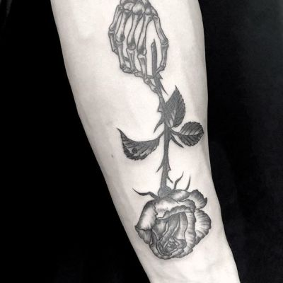 #バラ #スケルトン #rose #skeletonhand ...#tattoo #reikotattoo #studiokeen #japan #nagoyatattoo #tokyotattoo #irezumi #タトゥー #刺青 #名古屋 #大須 #矢場町 #東京