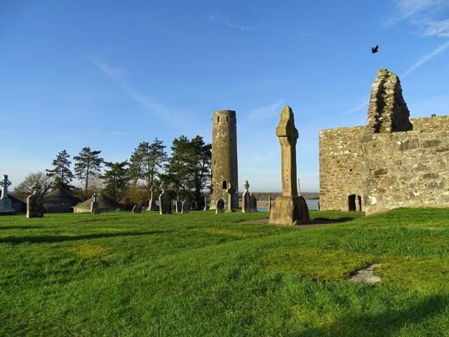 Ruinas monásticas Clonmacnoise