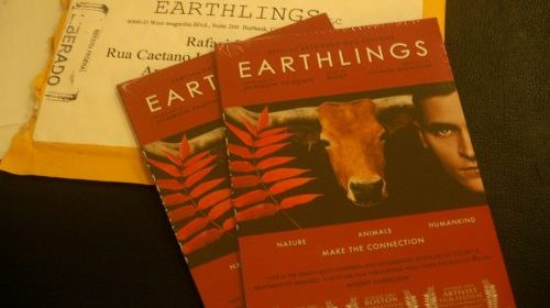 Círculo do DVD – Earthlings (Terráqueos)