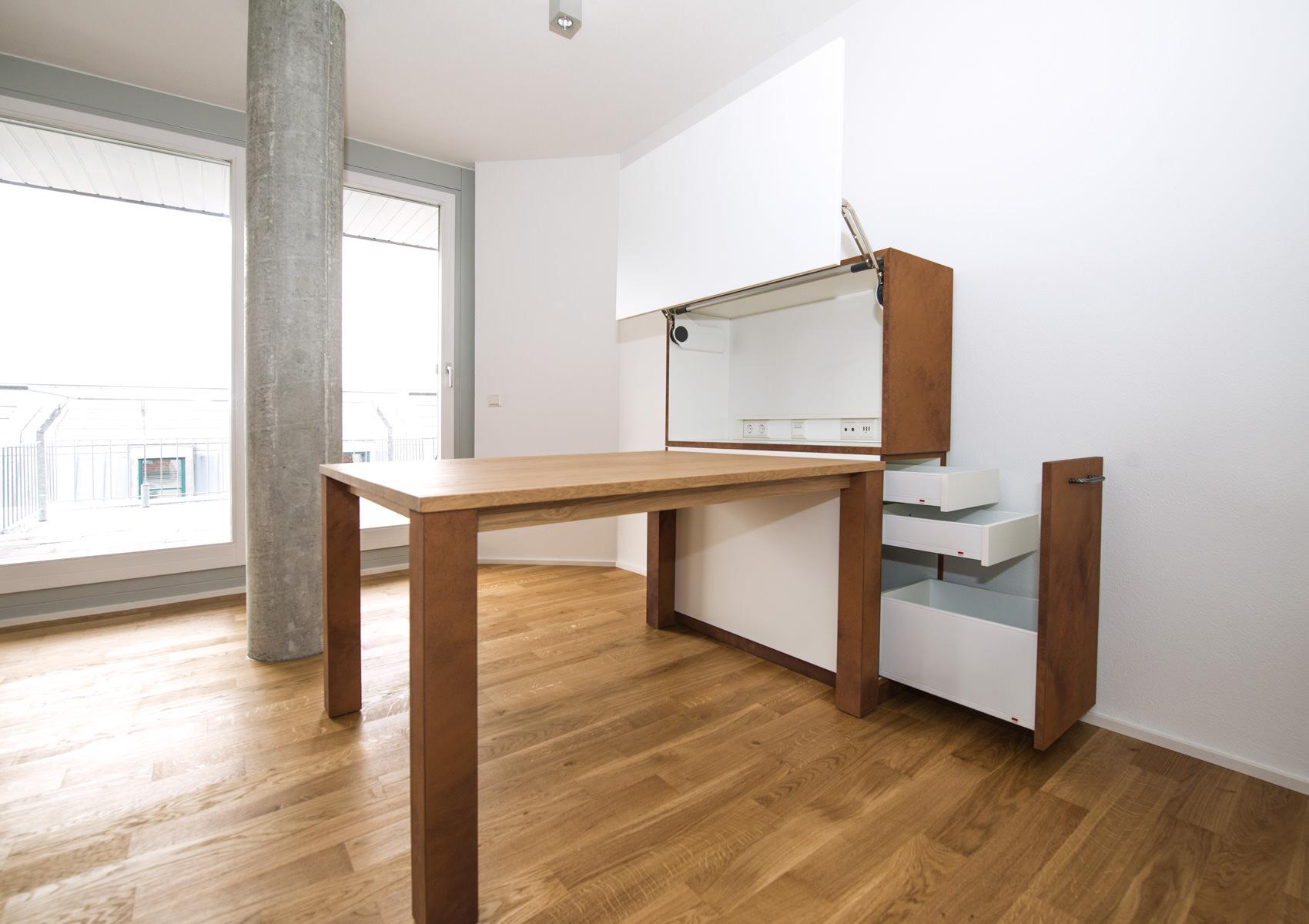 Einbauschrank Küche   Wie Bauherren Die Treppe Geschickt ...