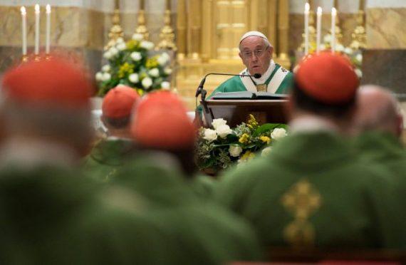 Osservatore Romano clergé principal obstacle projets pape François