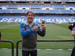 """Mai 2015: Ein Bayer in HSV Klamotten steht im Estadio Santiago Bernabéu, der Heimat von Real Madrid und hört """"Reingemacht""""! Marc, Du bist ein Held!!"""