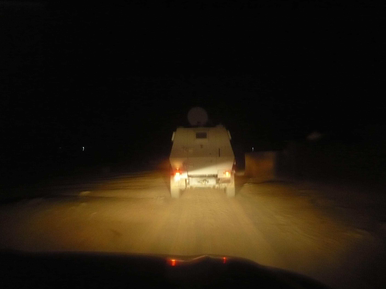 Melintasi kegelapan malam di IDP Camp