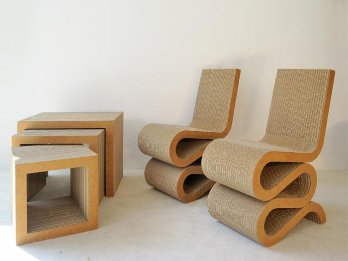 Wiggle chair set