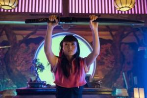 Juntemos una chica asiática con katanas y videojuegos porque nunca se ha hecho antes