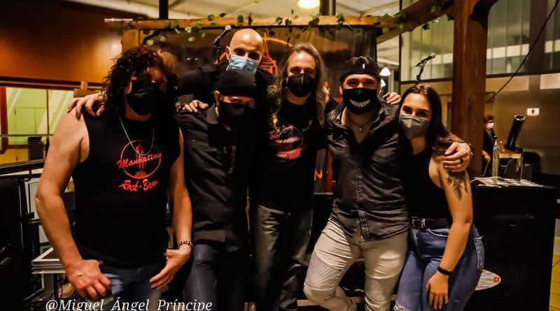 Crónica y fotos del concierto en acústico de la MANHATTAN ROCK BAND (22-05-2021 La Morada De Odín, Olías Del Rey – Toledo -)