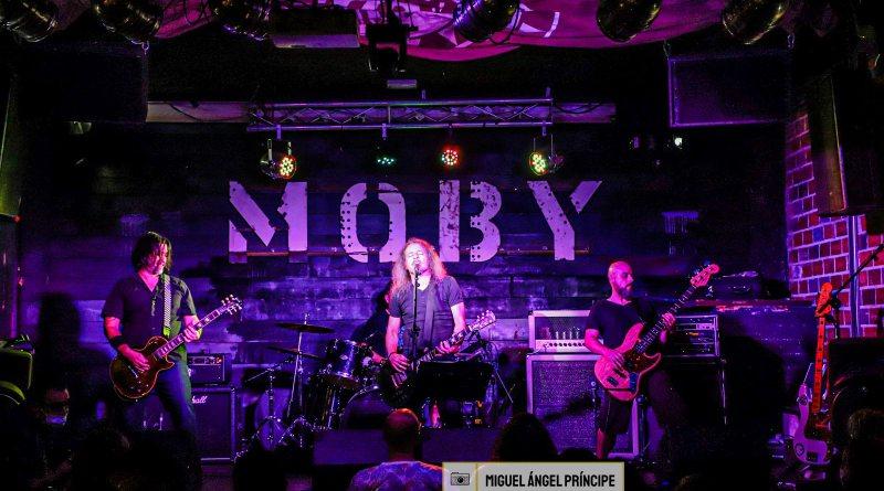 Crónica y fotos del concierto de DIEAWAY y MILK (03-09-2021 Moby Dick Club, Madrid)