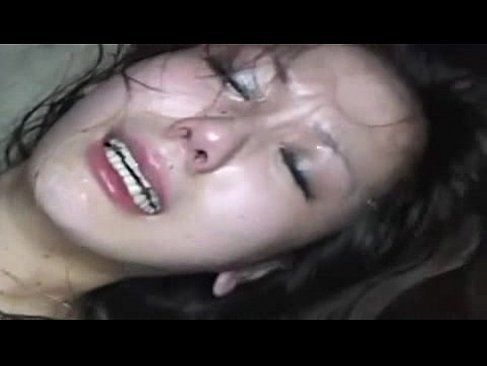 廃墟で輪姦され号泣しながら絶叫してる素人美乳ギャルの無理矢理脱がされ 大学生