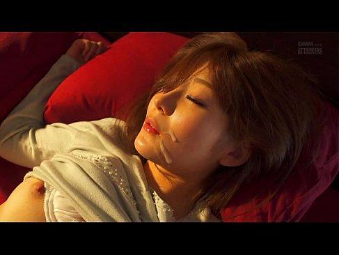 夕暮れ時に強姦魔におまんこをハメられ顔射される可愛い人妻のれイプ 動画 38.5度無料