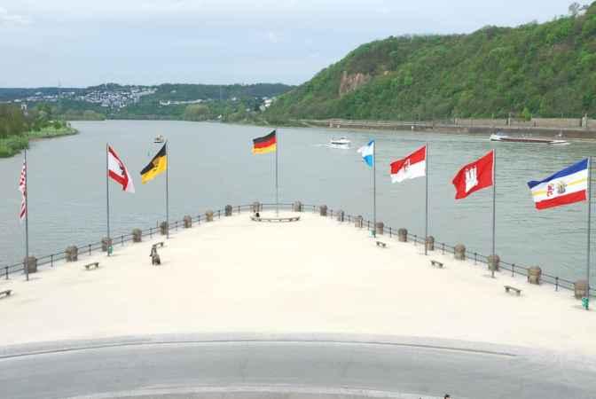 Koblenz, Deusches Eck, Rijn, Moezel