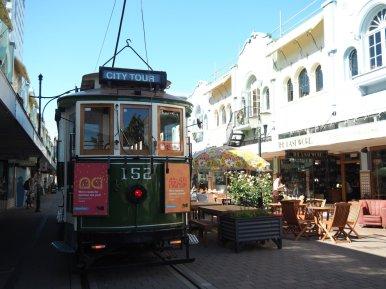 Wir machten in Christchurch eine Stadtrundfahrt mit der uralten Straßenbahn