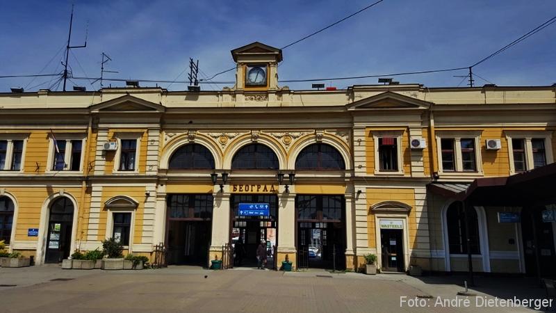 Belgrad - Hauptbahnhof außen